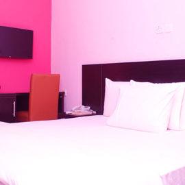 ilaji-resort-gold-room